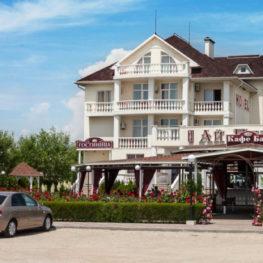 Отель фото 1